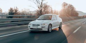 Escort Cosworth: copertina